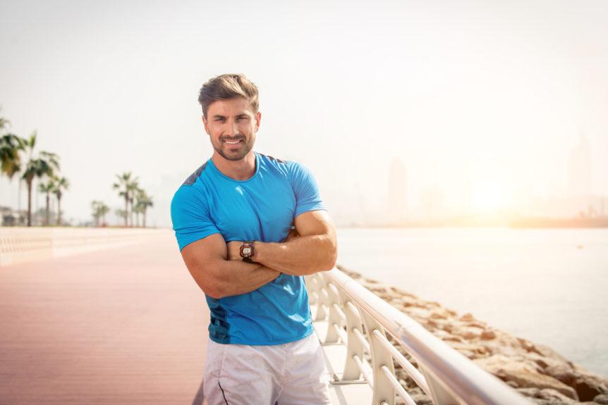 Mann in Sportkleidung