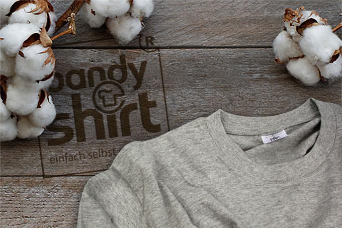 Von der Baumwolle zum fertigen T-Shirt